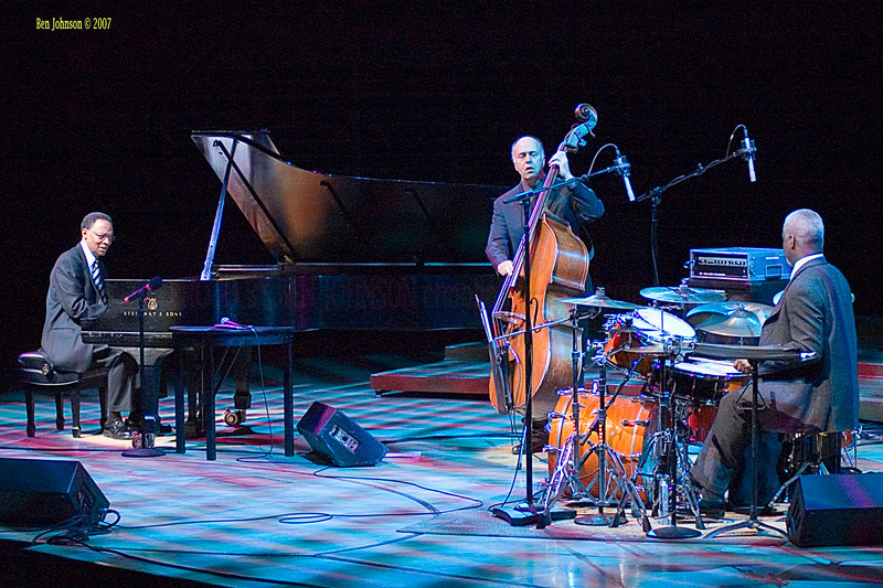 Pattye Austin and Ramsey Lewis Photo performing at the Kimmel Center in Philadelphia, PA on January 14, 2007