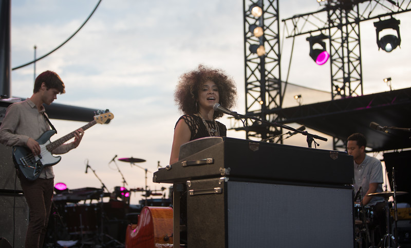 Kandace Springs plays at Jazz a Juan 2017