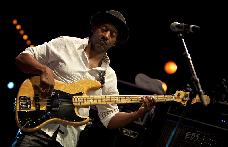 Marcus Miller playing with Herbie Hancock and Wayne Shorter at Jazz à Juan on 7/15/11
