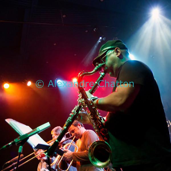 Orlando Sanchez au saxophone et, en l'occurrence, à la clarinette.