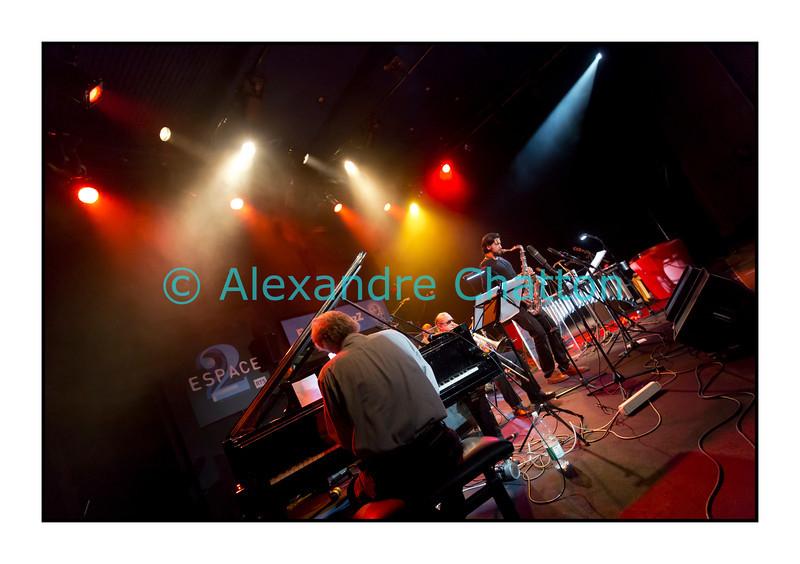 Mardi 4 décembre 2012: le pianiste François Lindemann en concert public au Studio 15 de la RTS à Lausanne avec une partie des musiciens qu'il côtoie depuis des décennies.