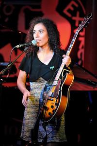 Julia Biel performs at Pizza Express Live, Soho - 22/11/09