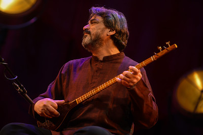 Hossein Alizadeh & Pejman Hadadi perform at Queen Elizabeth Hall - 15/11/13