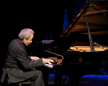 Allen Toussaint performs at The Barbican - 18/11/09