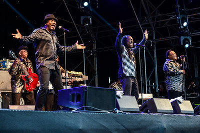 Earth, Wind & Fire Experience ft. Al McKay perform at Love Supreme 2014 - 05/07/2014