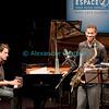 Mercredi 13 avril 2011: Le Mark Turner / Baptiste Trotignon duo en Espace JazzZ au Studio 15 de la RTS à Lausanne.<br /> Mark Turner, saxophone ténor ; Baptiste Trotignon, piano<br /> Dans la réunion de ces deux virtuoses reconnus, la complicité qui unit Mark Turner à Baptiste Trotignon vient assurément d'un constant souci de développer la plus belle ligne mélodique qui soit. Issu de la grande école de pianistes français qui va de Martial Solal à… lui-même, Baptiste Trotignon dialogue ainsi avec un saxophoniste qui multiplie les partenariats intelligents depuis quelques lustres.<br /> <br /> Grand amoureux autant des volutes tristaniennes de Warne Marsh que des incantations spirituelles de John Coltrane, Mark Turner compte désormais parmi les grandes voix du jazz d'aujourd'hui.<br /> <br /> Leur venue en duo dans le cadre d'un Espace JazzZ est un véritable cadeau !