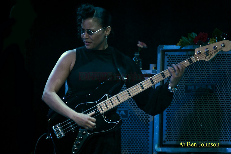 Rhonda Smith with Jeff Beck performing at The Borgata Hotel in Atlantic City New Jersey, June 5, 2010