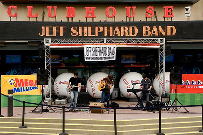 Jeff Shephard Band at Turner Field