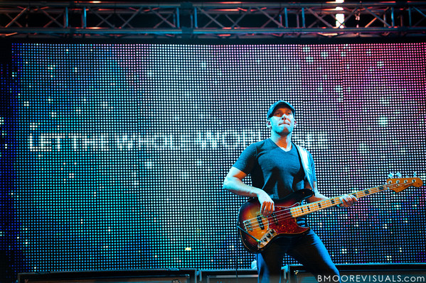 """Walt Smith performs with Jeremy Camp on September 11, 2010 during """"Rock The Universe"""" at Universal Studios in Orlando, Florida."""