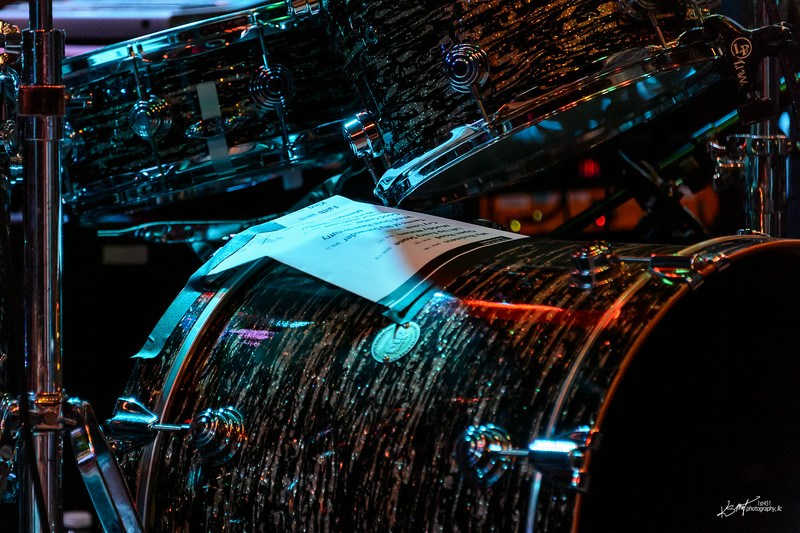 The night's set list taped to Ken Blevins' drums