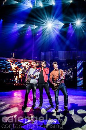 Jonas Brothers 2012-10-10