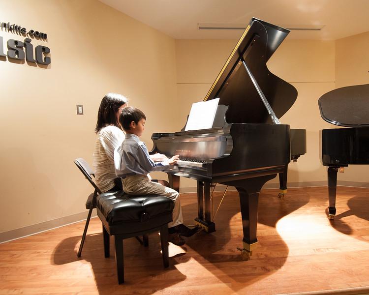Jordan Kitts December 2012 Recital-28