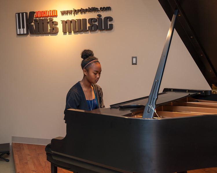 Jordan Kitts December 2012 Recital-47