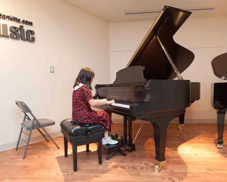 Jordan Kitts December 2012 Recital-15