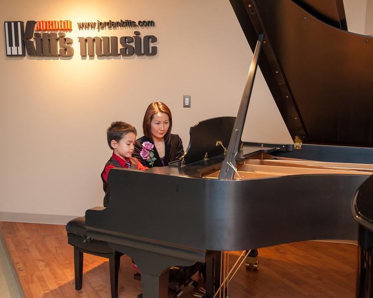 Jordan Kitts December 2012 Recital-7