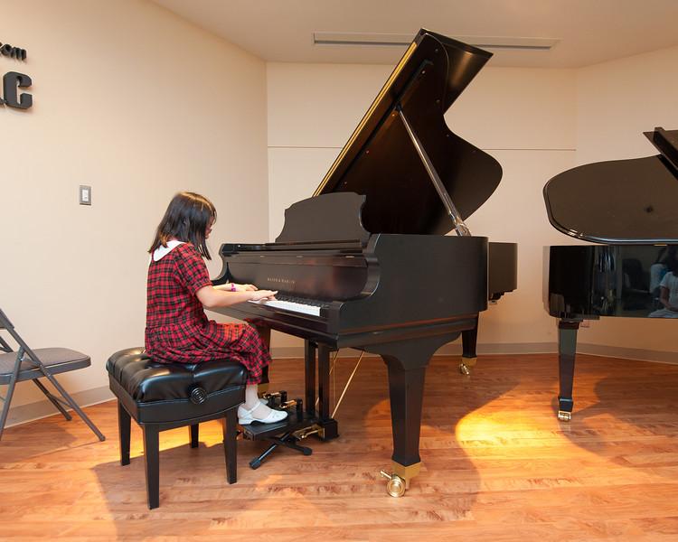 Jordan Kitts December 2012 Recital-16