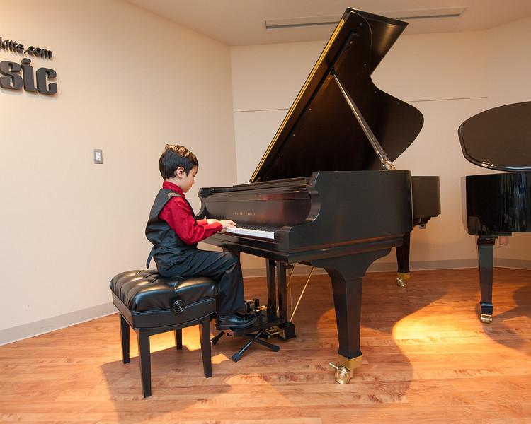 Jordan Kitts December 2012 Recital-36