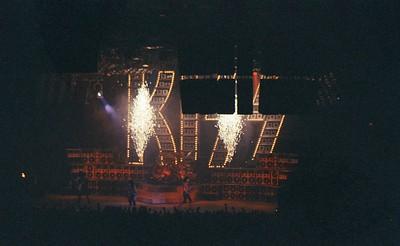 KISS 022