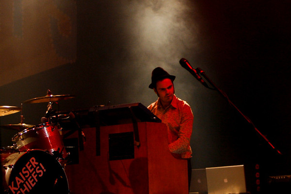The Kaiser Chiefs - The Beacon Theatre,NYC - September 29th, 2007 - Pic 8