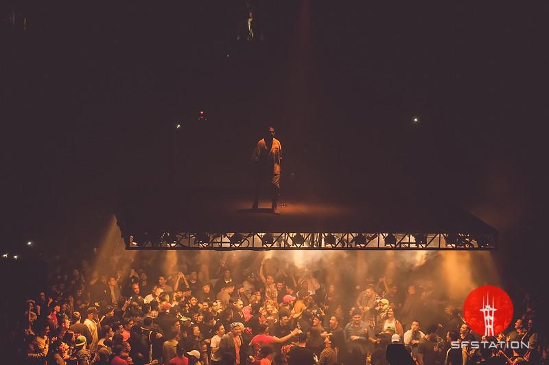 "Kanye West ""Saint Pablo Tour"" Oct 22, 2016 at Oracle Arena"