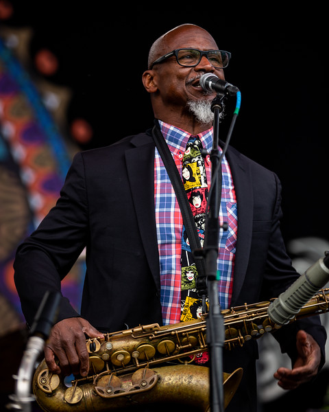 Karl Denson Tiny Universe opening for Gov't Mule at the Farm Bureau Insurance Lawn at White River State Park in Indianapolis, Indiana. Photo by Tony Vasquez