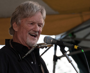 Kris Kristofferson on the Rainbow Stage at the Clearwater Festival.