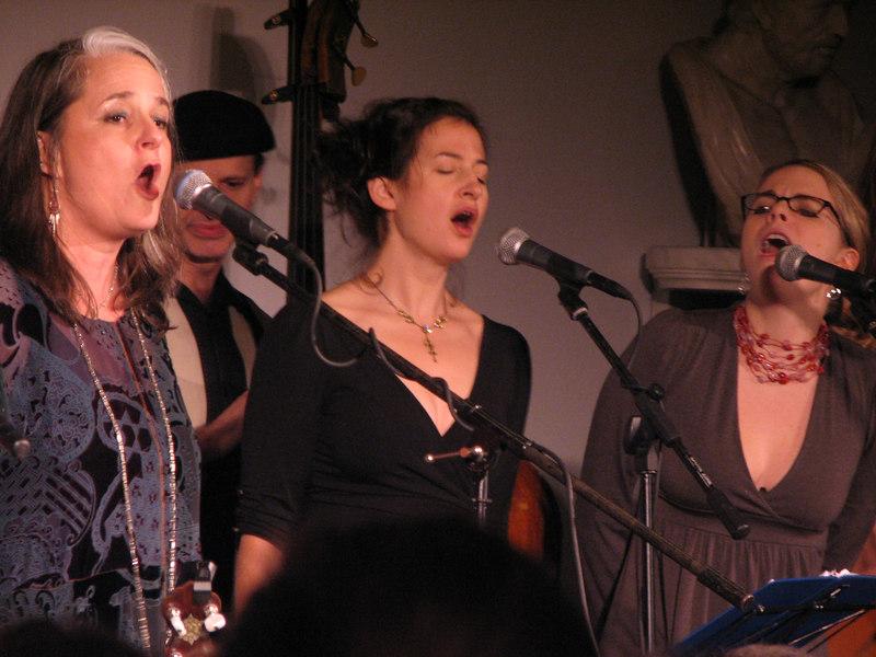 Eileen Carson Schatz with Kristin and Aoife singing harmony.  Beautiful!