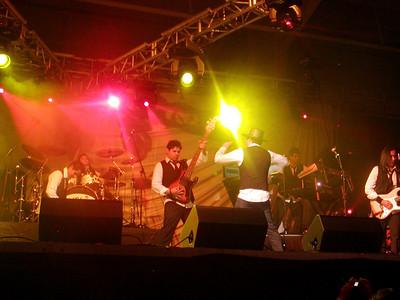 Jesus, Joe, Tim, Oscar, Mando and Viktor.  Oscar conducting as the guys were jaming.