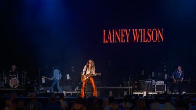 Lainey Wilson 043