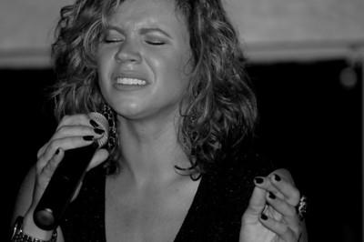 Lauren Mitchell at Ocean Blues