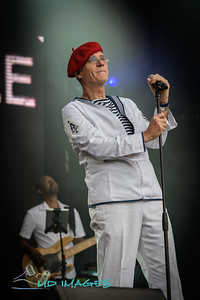 Lets Rock '19 - Captain Sensible ©Mike Dean-4