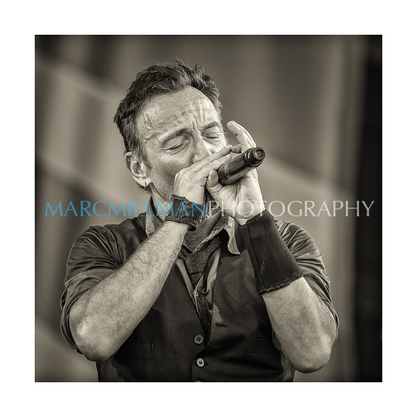 """""""The River"""" Bruce Springsteen @ Acura Stage (Sat 5/3/14)"""