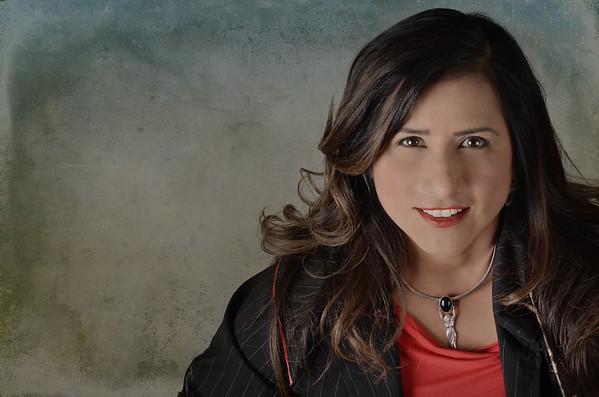 Linda Arceo CD Cover 2015