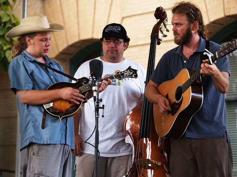 Tyler Balthrop on mandolin, Brad Degge on the bass and Todd Michael on guitar - Cooper's Uncle, at the Old Time Fiddlin' Fair, Georgetown, Texas, 25Sept04