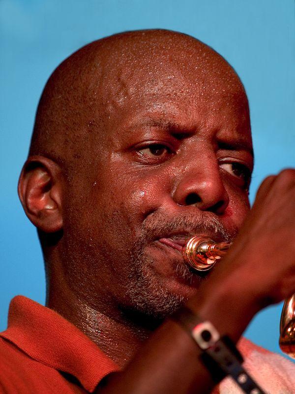 Gregory Davis (trumpet and vocals).