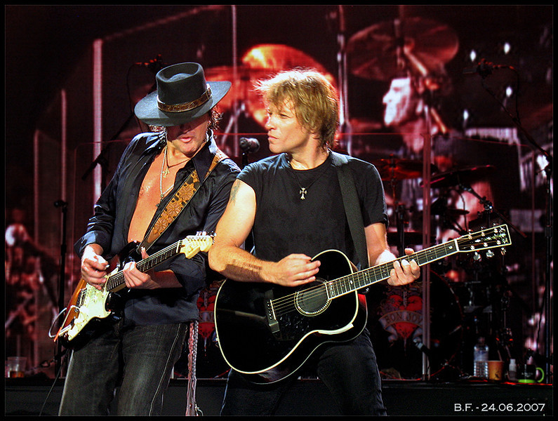 Richie Sambora, Jon Bon Jovi @ O2 Arena, London (UK), June 2007