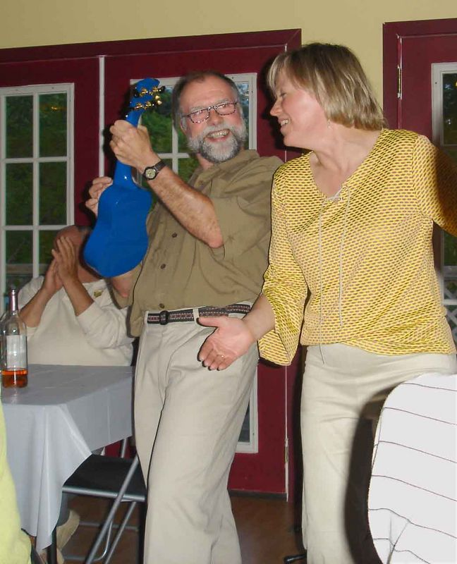 Killin' 'em with the Blue Uke at the Candlelight Winery