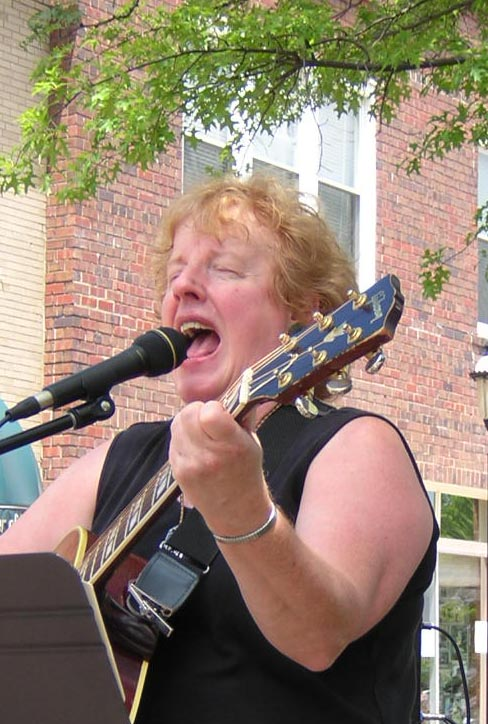 Kathy Johnson belts one out in Cuyahoga Falls