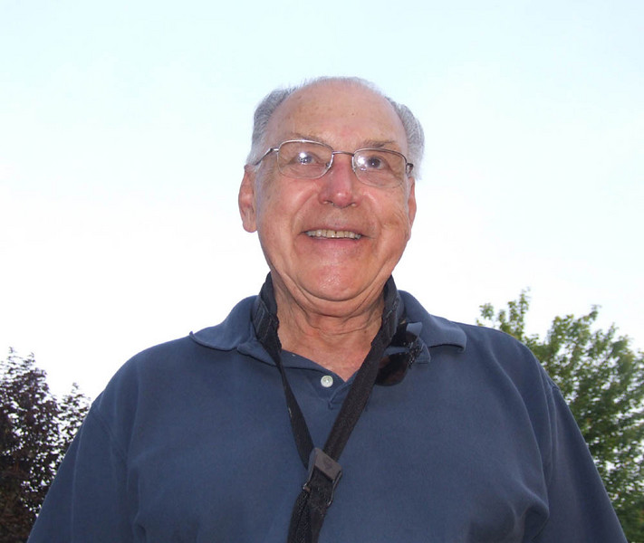 Bob Feldbush in Kent, June 2007.  He got a lot of students interested in jazz in the Akron area in the 1970's.