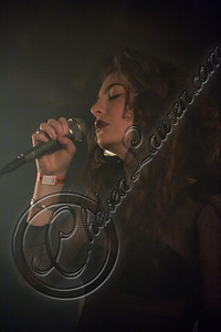175829116CL00017_Lorde_In_C