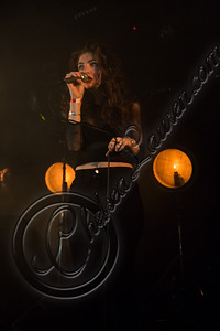 175829116CL00030_Lorde_In_C