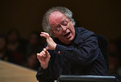 MET Orchestra / James Levine / Evgeny Kissin Carnegie Hall NY Times