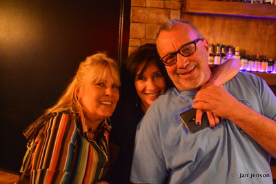Kim Hawthorne, Ellen, and Randy Hargett @ Moocies in Mint Hill, NC  5-11-17