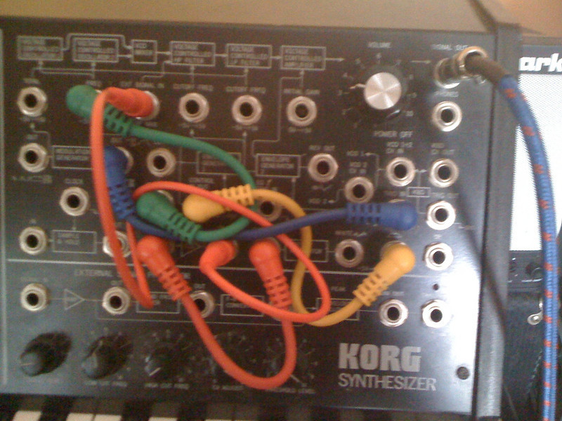 patch panel settings for crazy explosion with slow rising tail that repeats over and over
