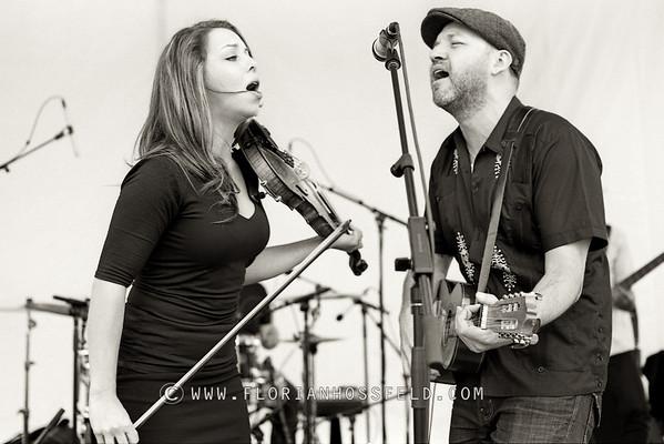 Kalissa Hernandez & Tom Landa - Locarno music