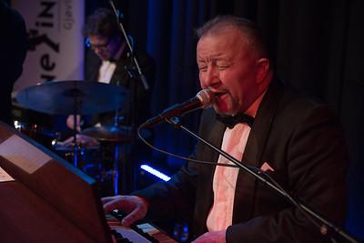 Paul Wagnberg (Hammond B3 organ/vocal)