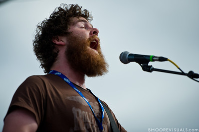 Andy Hull of Manchester Orchestra performs on December 3, 2011 during 97X Next Big Thing at 1-800-ASK-GARY Amphitheatre in Tampa, Florida