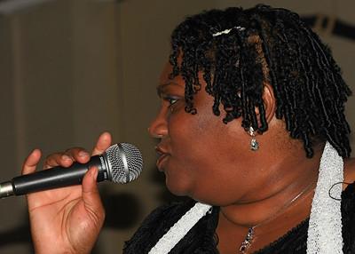 Marilyn Keller, vocals
