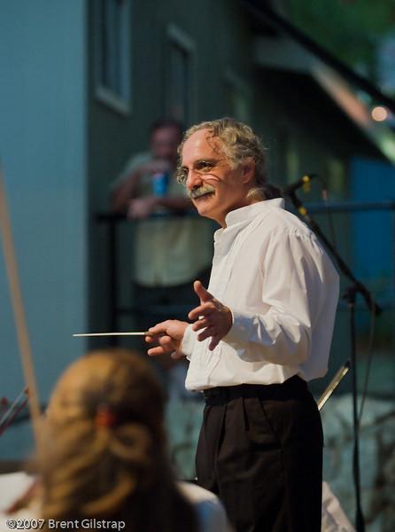 Conductor Les Marsden