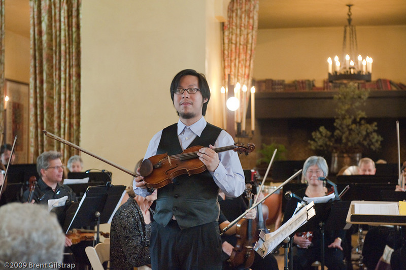 Violinist Lewis Wong with the Mariposa Symphony Orchestra<br /> <br /> Ahwahnee Hotel Great Lounge<br /> Yosemite National Park<br /> 26 April 2009